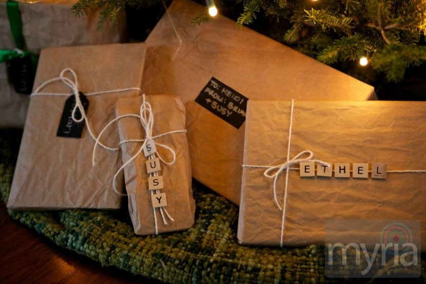 Crafty Scrabble tile gift tags