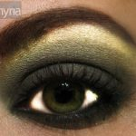 Olive green eyeshadow - mac humid, mac metamorph, mac carbon, mac greensmoke, mac mystery eye kohl
