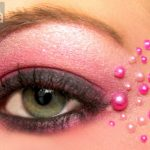 Pink valentines day eyeshadow with pearls