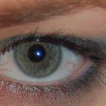 Winged smokey green eyeshadow